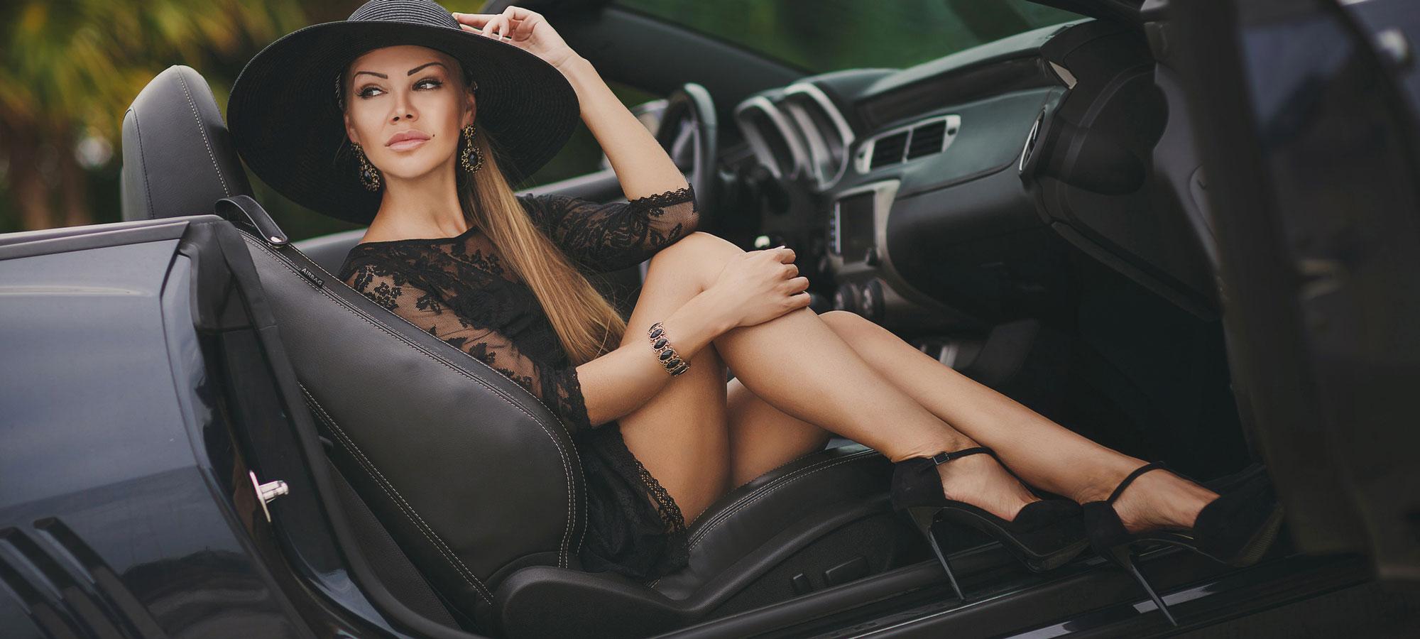 car_woman